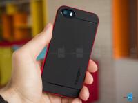 iPhone-SE-case-Spigen-Neo-Hybrid-4