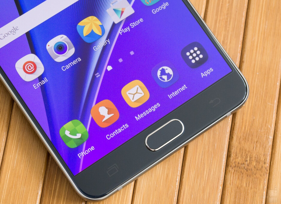 OLED displays, such as the one on the Samsung Galaxy Note 5, are the industry's way forward - Samsung Display demonstrates the superiority of AMOLED screens over LCD in new promotional video
