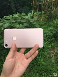 iPhone-7-Dummy-02.jpg