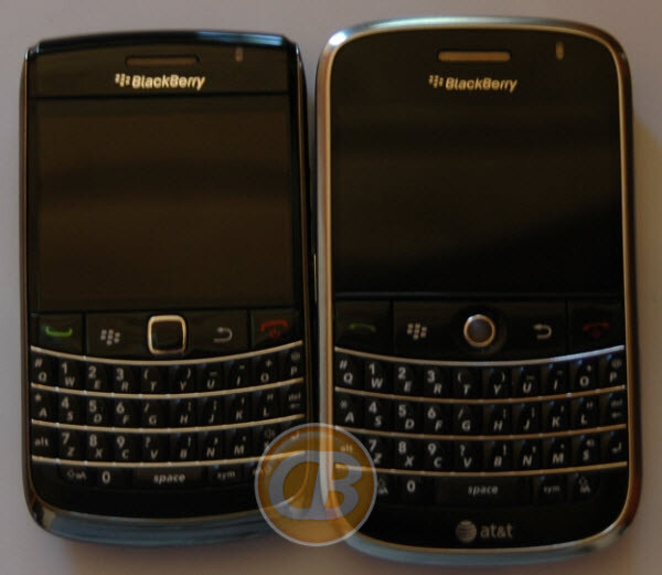 Onyx (L), Bold (R) - BlackBerry 9700 shows up in AT&T's Internal Sales System