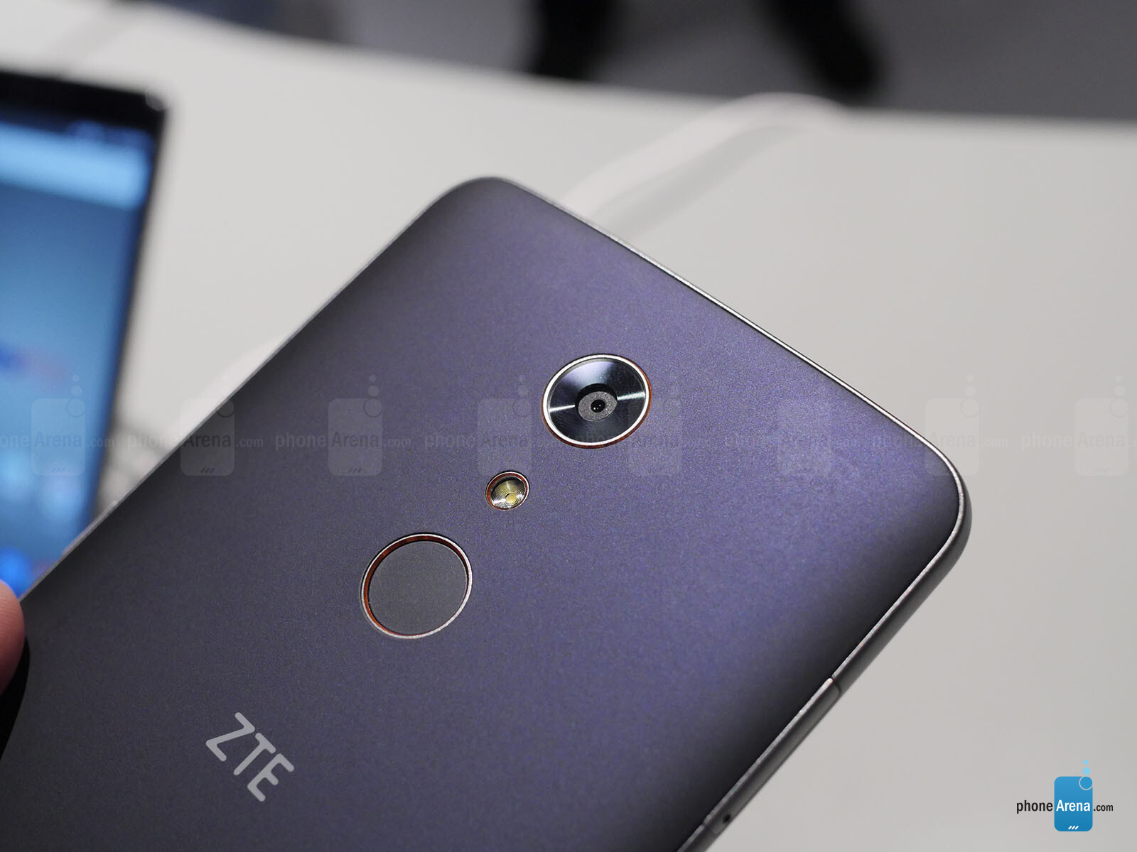battery mode zte zmax pro size can