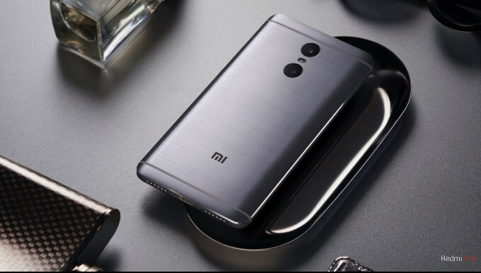 """5.5"""" Xiaomi Redmi Pro is out: dual camera, 4050 mAh battery, OLED and brushed metal"""