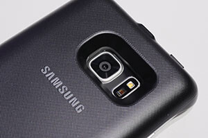Galaxy Note 7 in its wireless charging battery-pack case - Samsung Galaxy Note 7 camera shoot-out: head-to-head with GS7e, Note 5, and iPhone 6s Plus