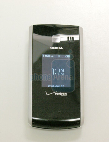The Nokia 2705 Shade sports a simple design