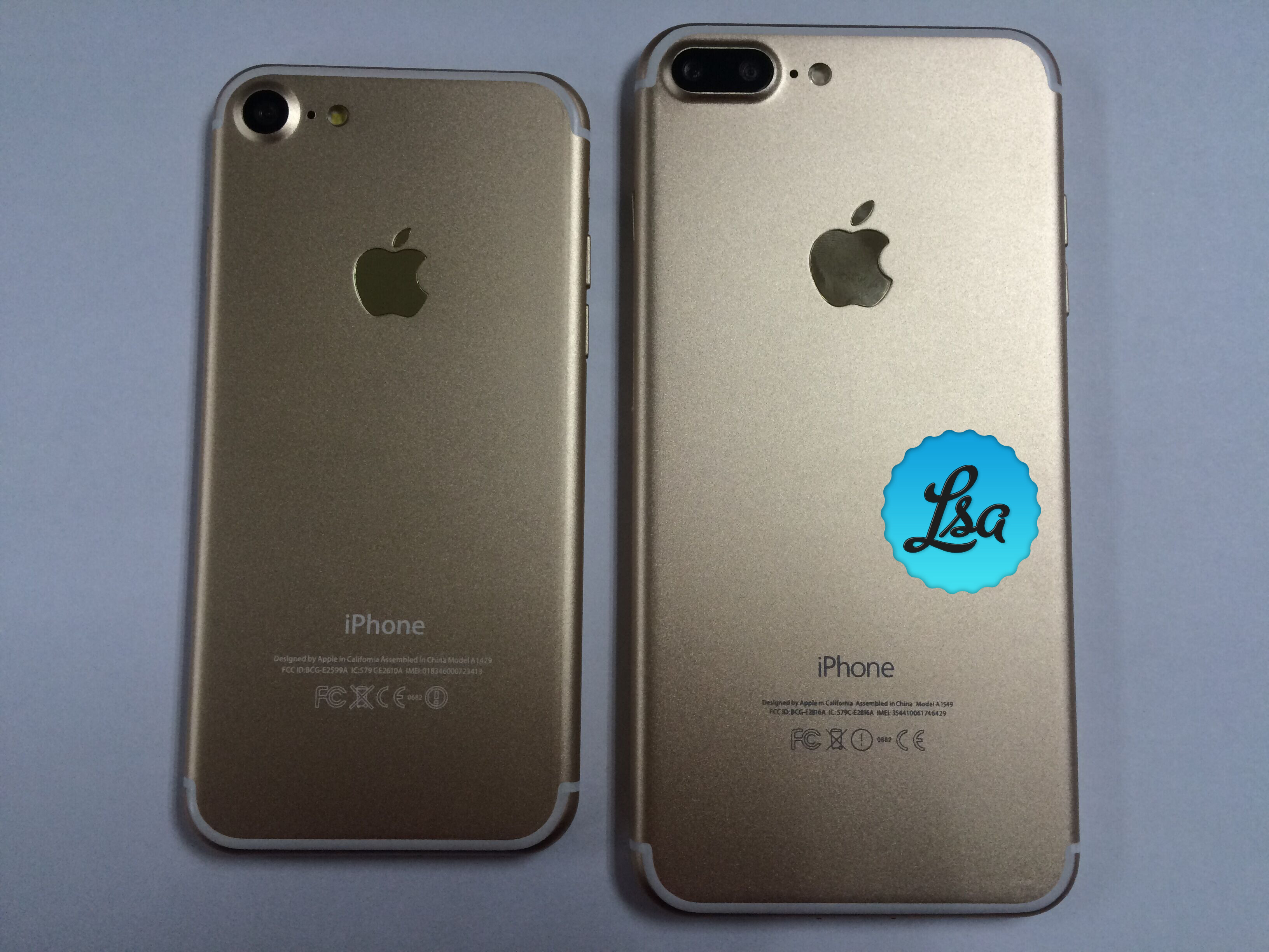 Gold and Space Black Apple iPhone 7 and iPhone 7 Plus units smile for the camera