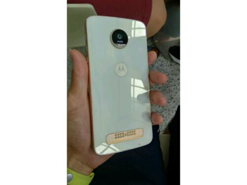 moto z phone white. White Motorola Moto Z Play Phone