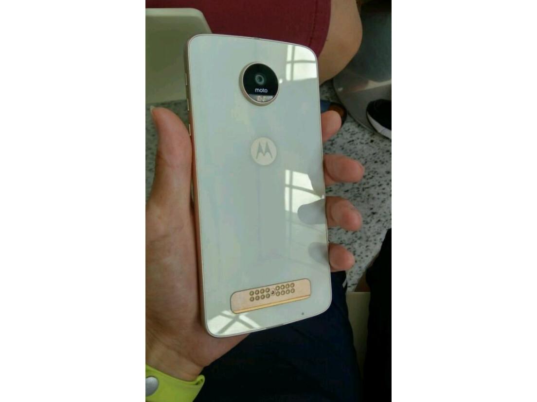 Xperia Z Ultra Vs Xperia Z White Motorola Moto Z ...