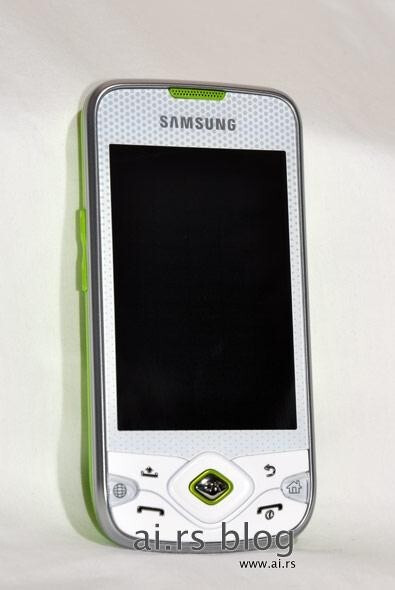 Samsung Galaxy Lite I5700 with more detailed pictures and dressed in sparkling green