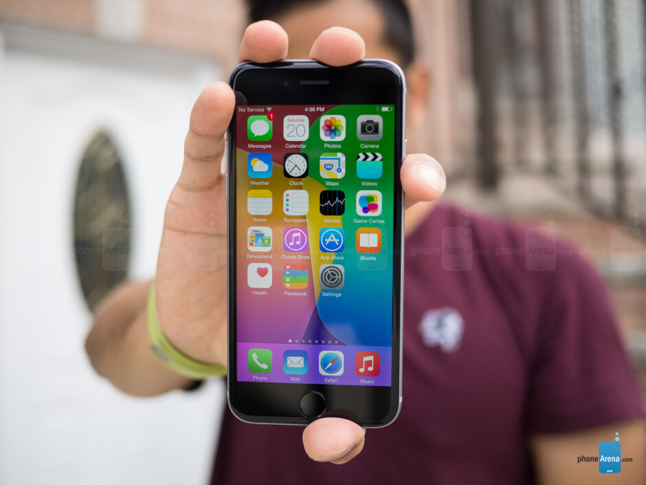 Refurbished Apple iPhone 6 with 16GB of storage going for $299.99 on eBay, 45% off