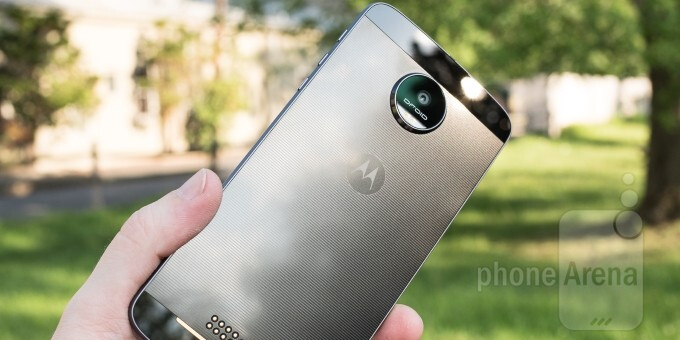 5 excellent cases for your Moto Z Android smartphone