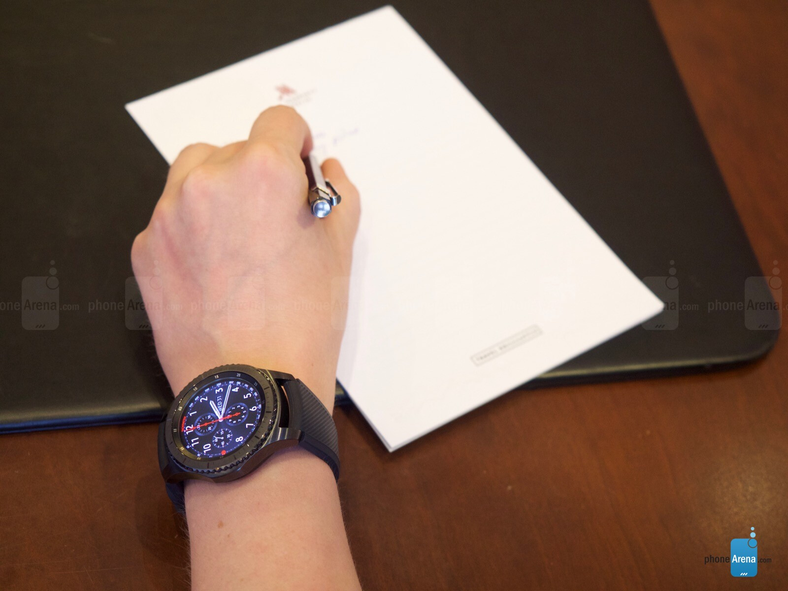 Samsung Gear S3 hands-on: Classic and Frontier versions