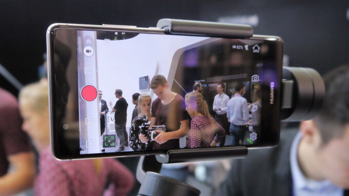 DJI Osmo Mobile hands-on: a small revolution in smartphone video