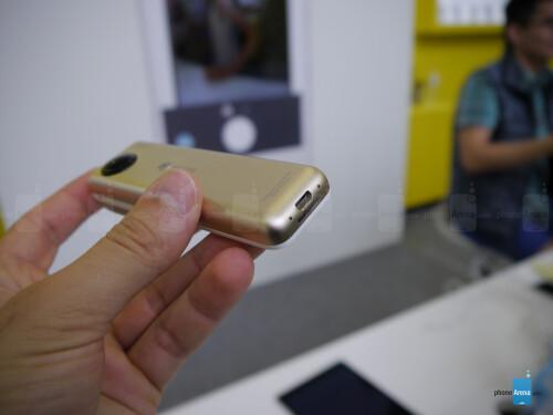 Insta360 Nano 360-degree iPhone camera hands-on: cool ...