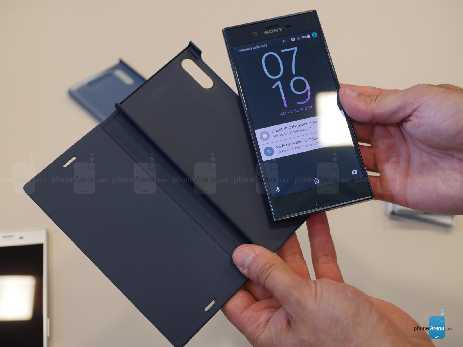 sony xperia xz and x compact style cover touch and stand. Black Bedroom Furniture Sets. Home Design Ideas