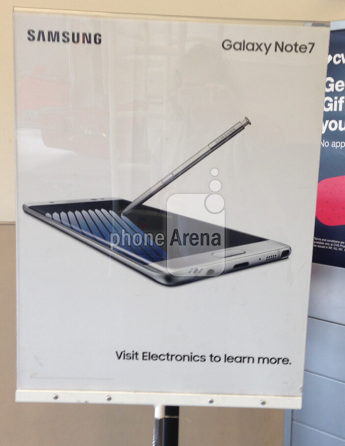 Target store in Pembroke Pines Florida still has a sign up promoting the Samsung Galaxy Note 7 - U.S. Consumer Product Safety Commission working with Samsung on official recall of Galaxy Note 7