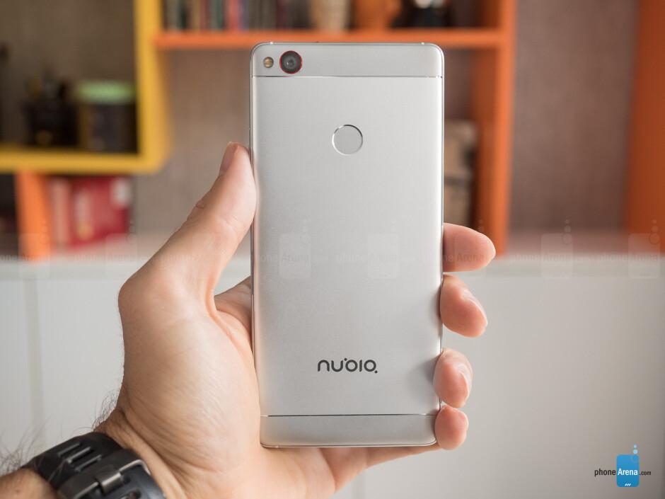 ZTE Nubia Z11 hands-on: stunning design