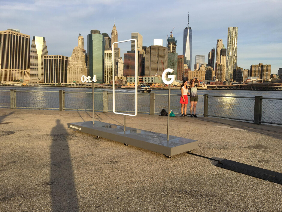 The Pixel sculpture in Brooklyn - What to expect from Google's October 4 event: Pixel & Pixel XL phones, Andromeda OS, new Nexus tablet