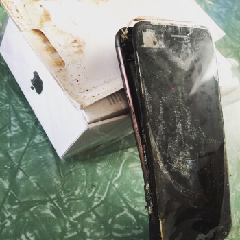 It's happened: exploded iPhone 7 spotted in the wild