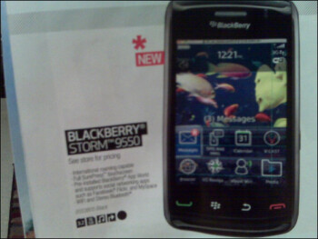 "Best Buy Mobile Buyer's Guide shows BlackBerry Storm 9550, no ""2"""