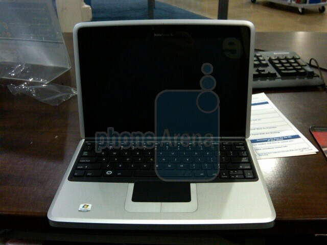 Nokia Booklet 3G demo units arrive at Best Buy stores