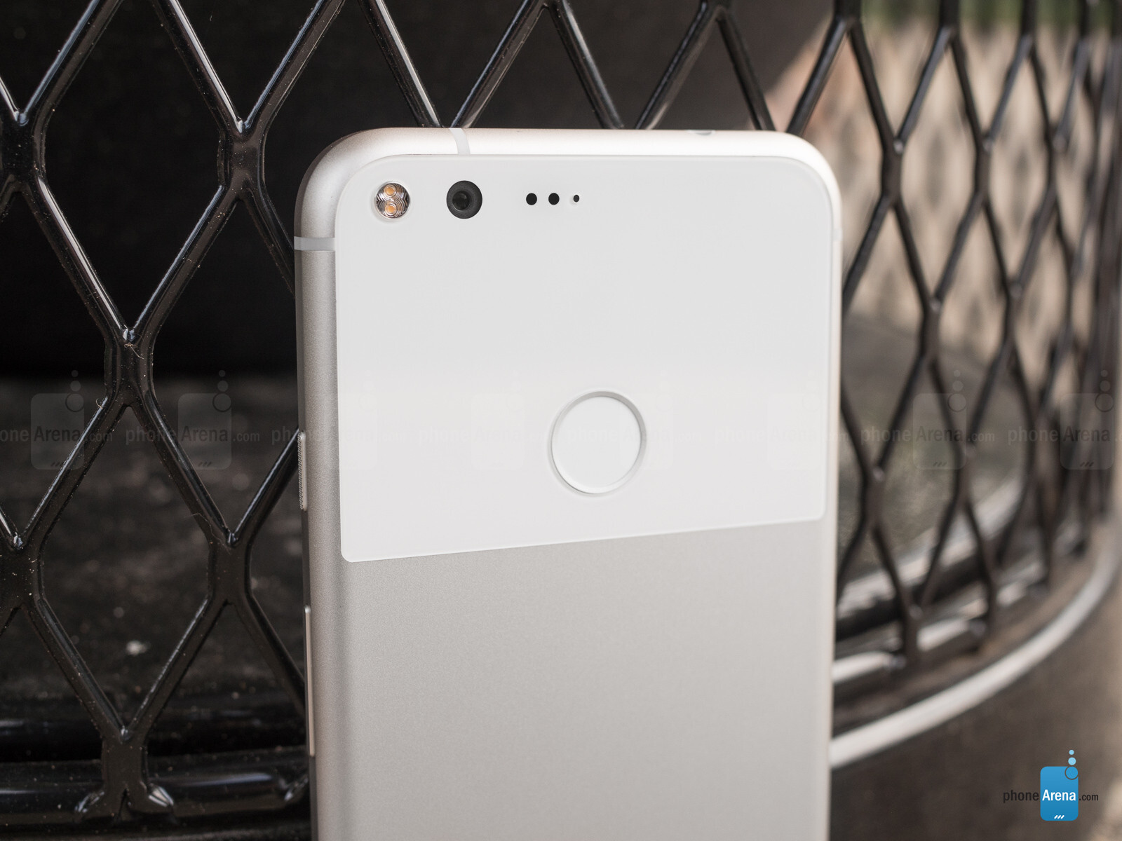 The Pixel XL has an excellent camera on par with the best out there
