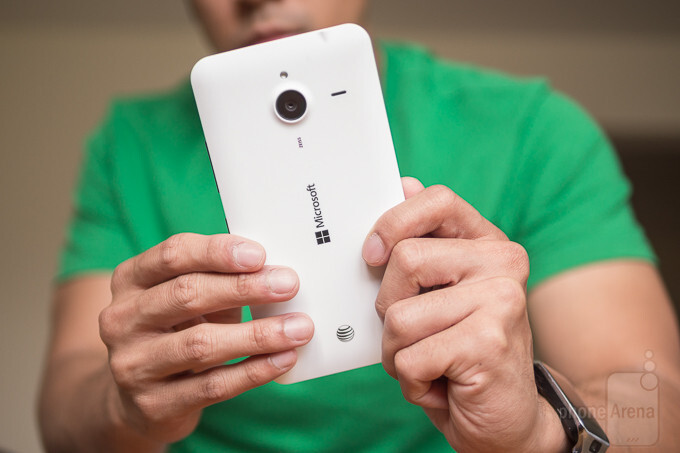 AT&T pushes out Windows 10 Mobile Anniversary Update for the Lumia 640 XL