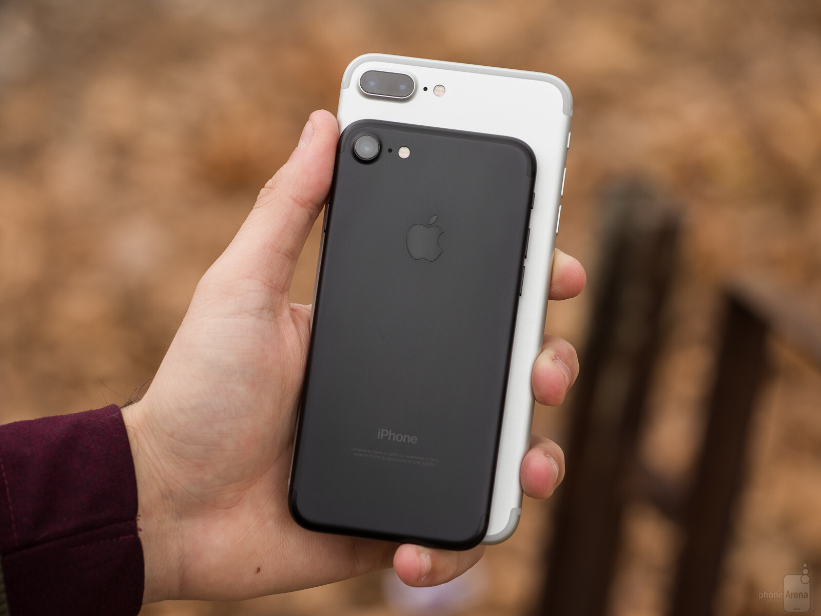 Apple iPhone 7 Plus vs iPhone 7 is Apple\u0027s larger handset