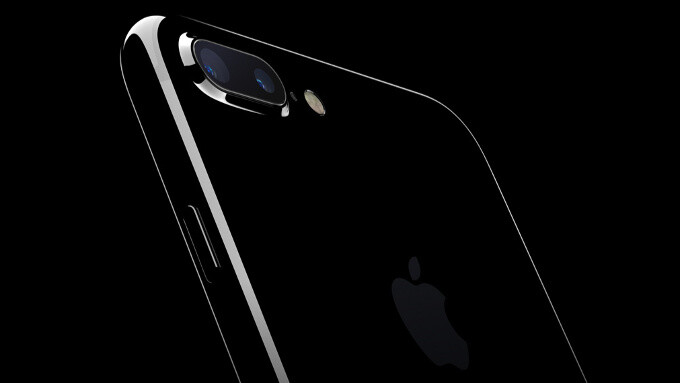 WSJ: Apple has over 10 iPhone 8 prototypes, one with curved display