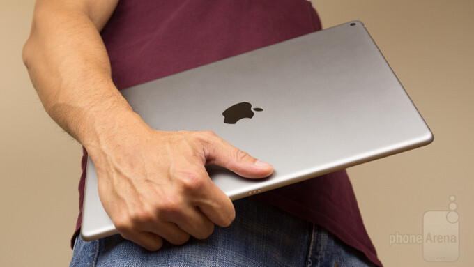 """Refurbished 256GB 12.9"""" Apple iPad Pro Cyber Monday deal saves you a pretty penny"""