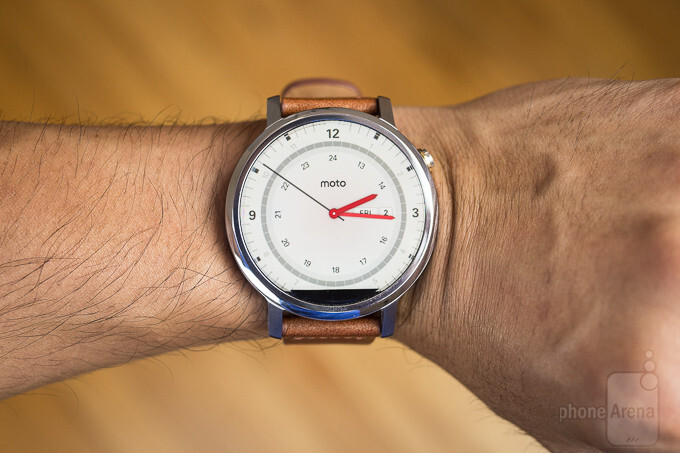 Google pulls the 2nd gen Moto 360 from its store
