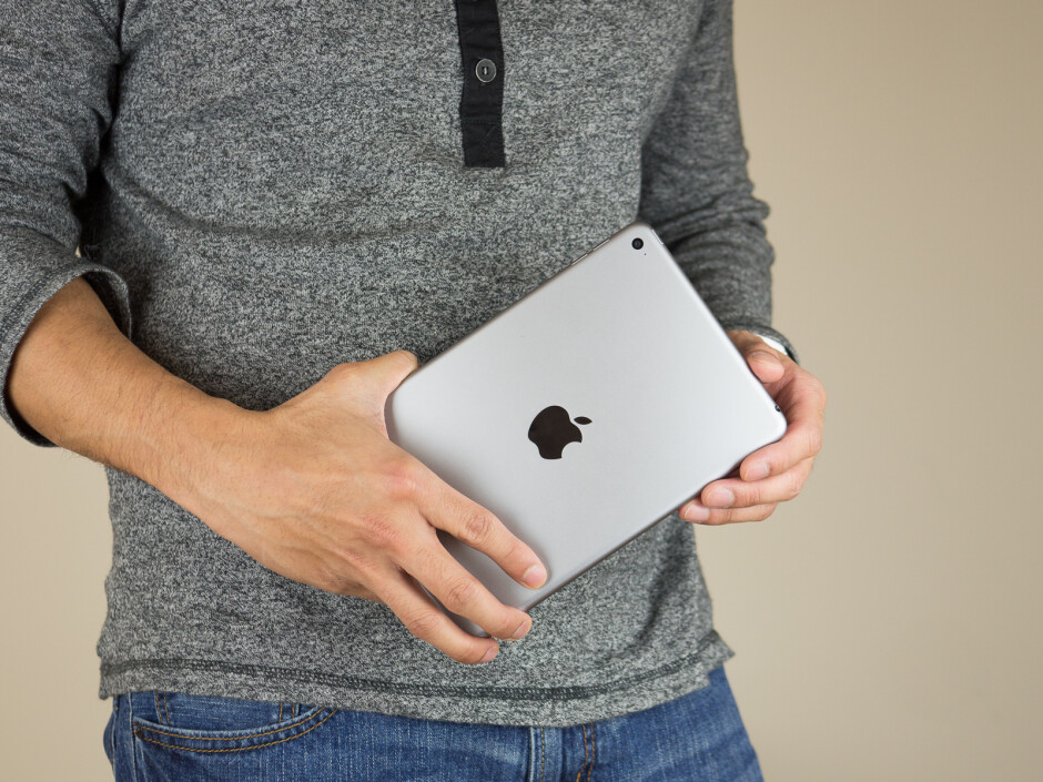 Apple iPad mini 4 - Late shoppers' gift guide: Tablets