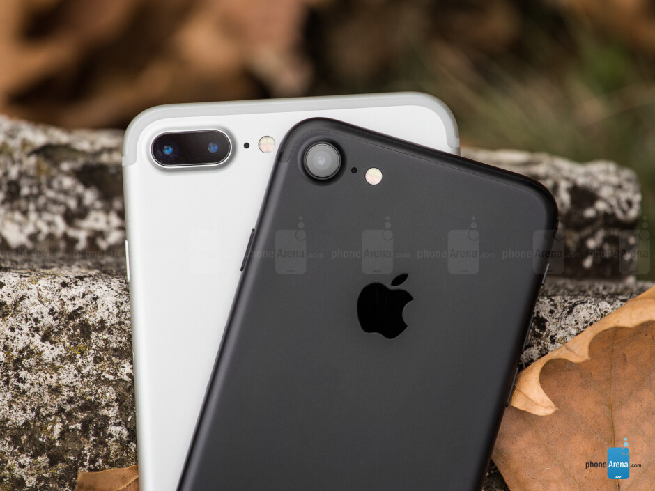 iPhone 7 and 7 Plus - PhoneArena's 2016 gift guide for late shoppers: Smartphones
