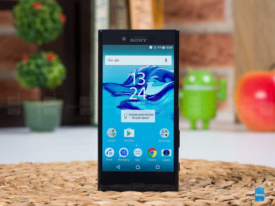 Xperia X Compact - PhoneArena's 2016 gift guide for late shoppers: Smartphones