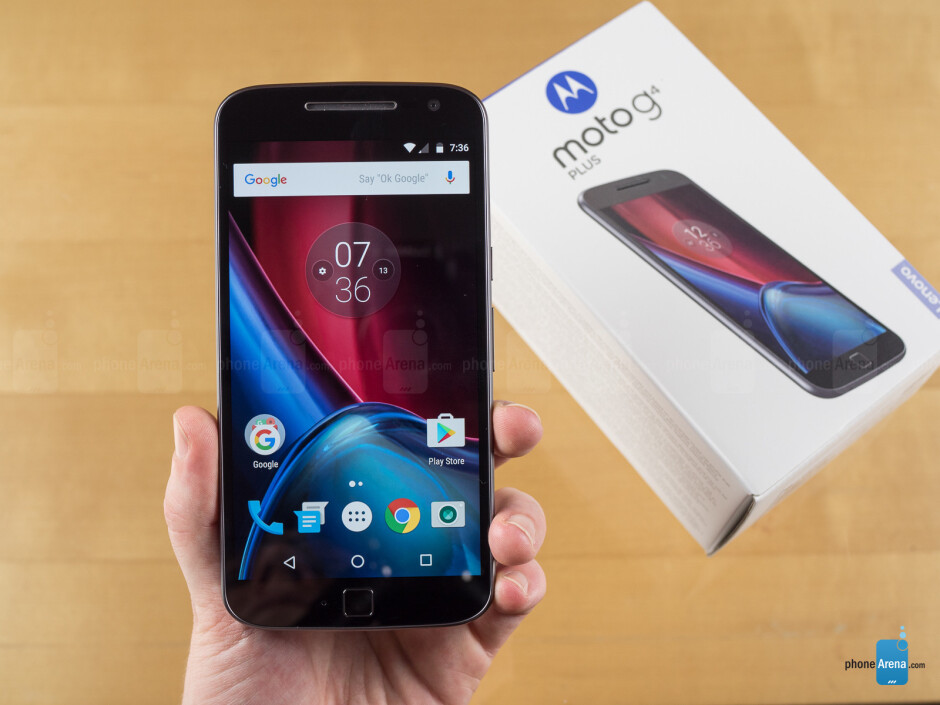 Moto G4 Plus - PhoneArena's 2016 gift guide for late shoppers: Smartphones