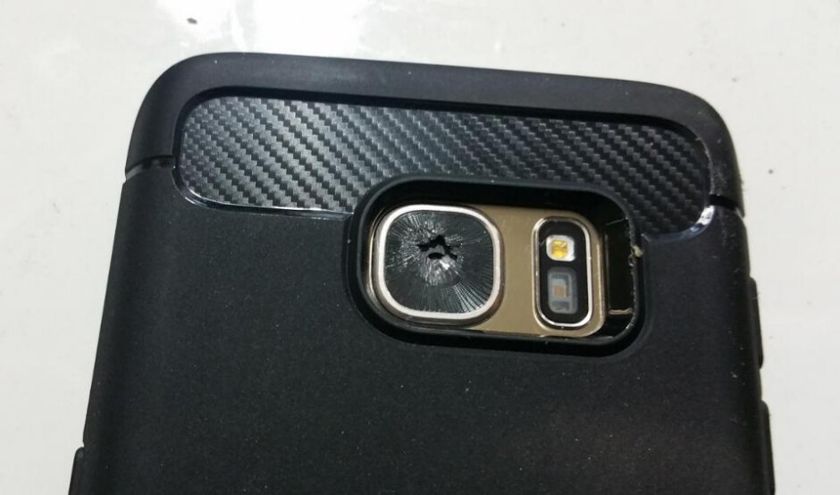 Some Samsung Galaxy S7 users are finding their rear camera lens shattered despite the lack of impact - Latest issue for Samsung: Galaxy S7 rear camera lens mysteriously shatters