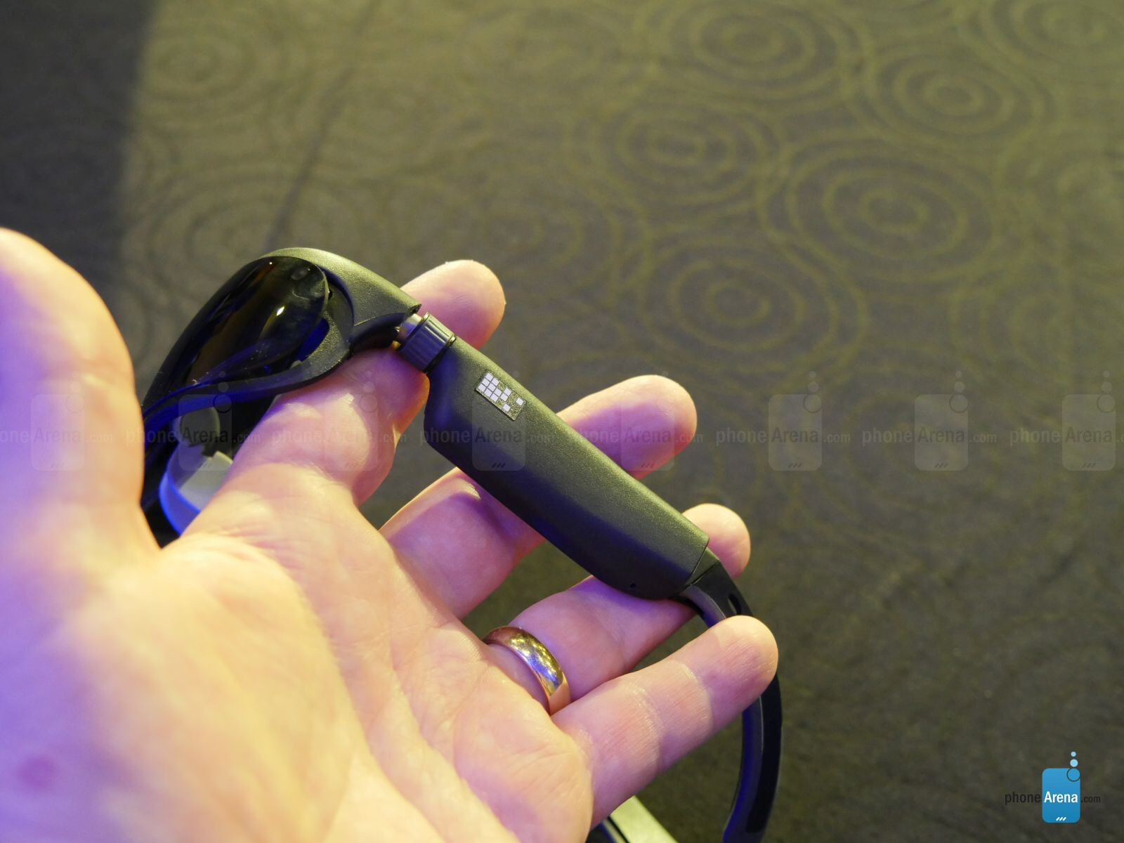Hands-on with the ODG R-8 and R-9 Smartglasses - the first devices with the Snapdragon 835 CPU in Processors