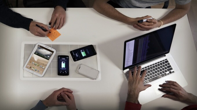 This new gadget can wirelessly charge almost any device