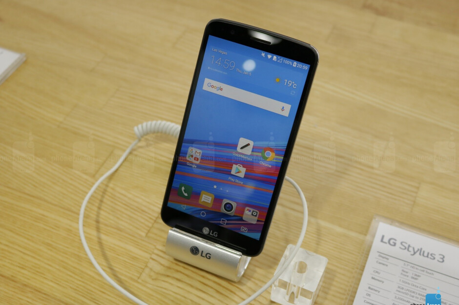 Going hands on with the LG Stylus 3 - a phone with a lot of the Note's features for a lot less money