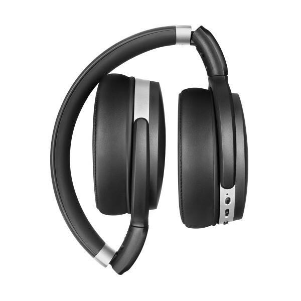 The Sennheiser HD 4.40BT and the Sennheiser HD 4.50BTNC - Sennheiser shows three new wireless earphone models at CES