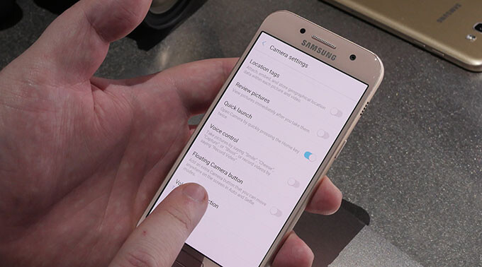 Samsung Galaxy A3 & Galaxy A5 (2017) hands-on and up close from CES 2017