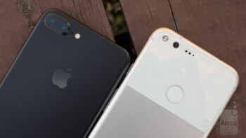 5 Reasons To Pick The Google Pixel XL Over Apple IPhone 7 Plus