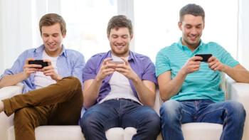 mobile gamer guys
