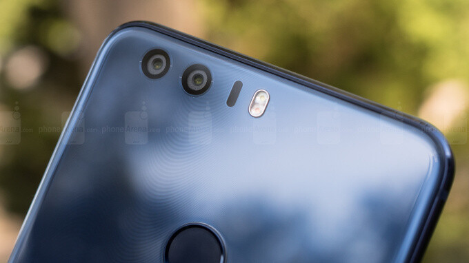 Honor 8 scores big on our battery life test: results compared with OnePlus 3T, iPhone and Galaxy