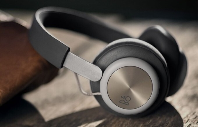 B&O's New Beoplay H4 Headphones Are Simple, Stylish, And Pricy