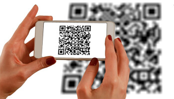 How to scan QR codes and regular barcodes using just your camera app and Now on Tap (Android)