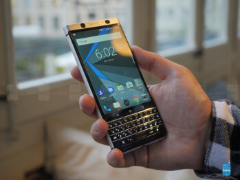 BlackBerry KEYone preview: let's bring the physical keyboard back from the dead! BlackBerry-KeyOne-hands-on---7