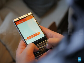 BlackBerry KEYone preview: let's bring the physical keyboard back from the dead! BlackBerry-KeyOne-hands-on---8