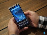 BlackBerryKeyOnehands-on---26.jpg
