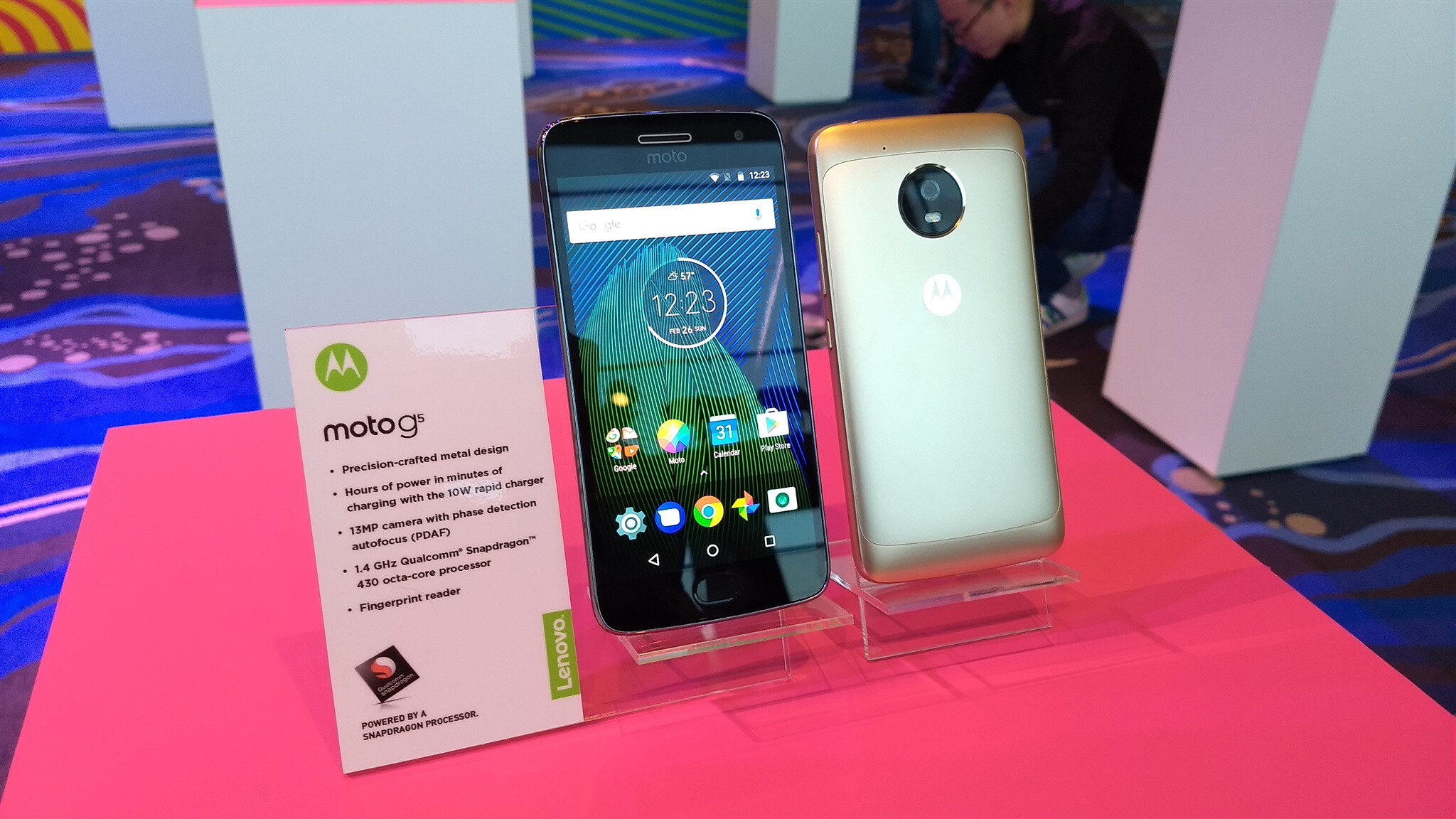 Here are our first camera samples from the Moto G5 Plus