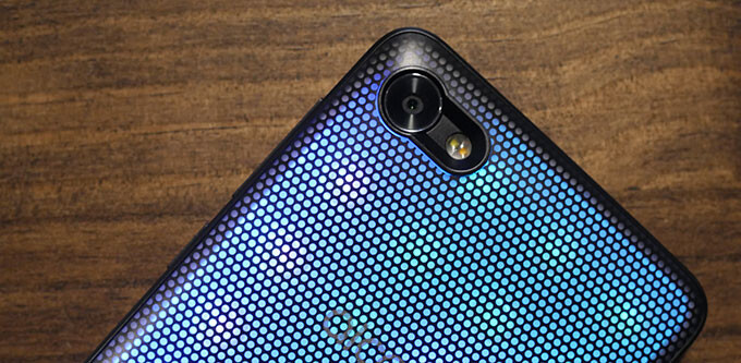 There's a party in your pocket, and the Alcatel A5 LED is invited: hands-on